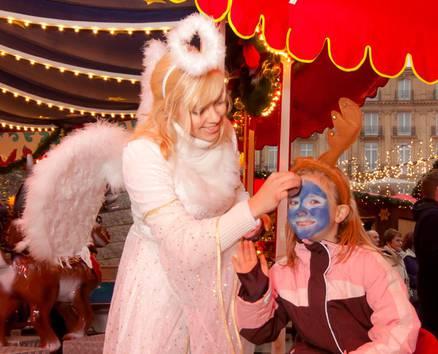 http://www.koelnerweihnachtsmarkt.com/wp-content/uploads/2016/10/weihnachtsmarkt-am-koelner-dom-br-weihnachtliches-kinderschminken-in-der-sternenwarte-0f.jpg
