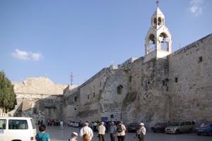 church_of_the_nativity_bethlehem_2008_web
