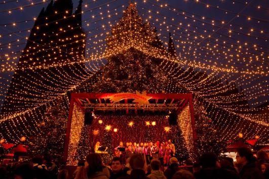Musikschulorchester der CSM Musikschule – S(w)inging Christmas