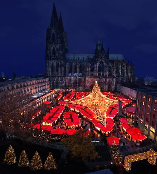 Endspurt auf dem Weihnachtsmarkt am Kölner Dom