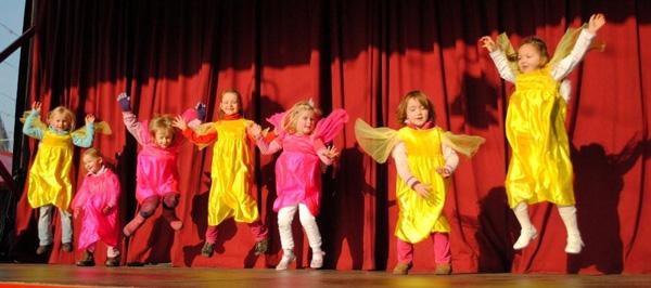 DÄNZical Kids – Weihnachtliche Tanzshow