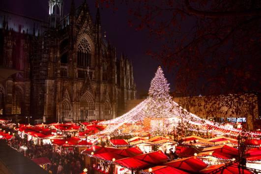 1 Advent Weihnachtsmarkt.Machen Sie Mit Beim Unserem Gewinnspiel Zum 1 Advent Kölner