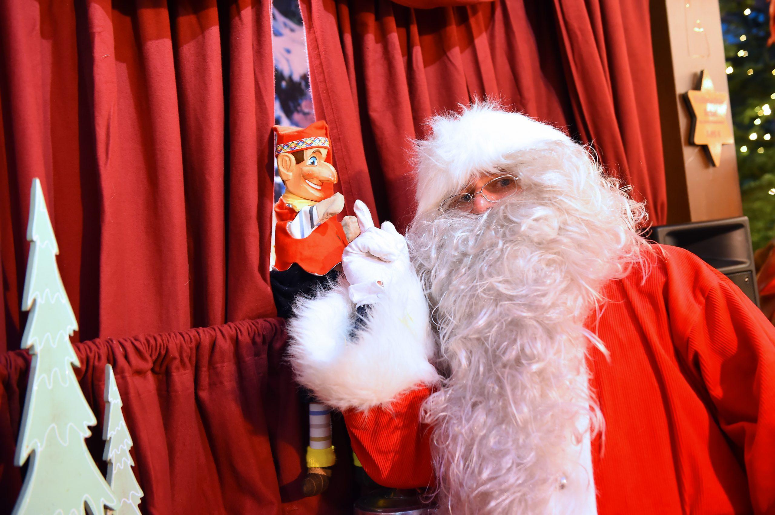 Der Nikolaus besucht die Sternenwarte (Stand 40)